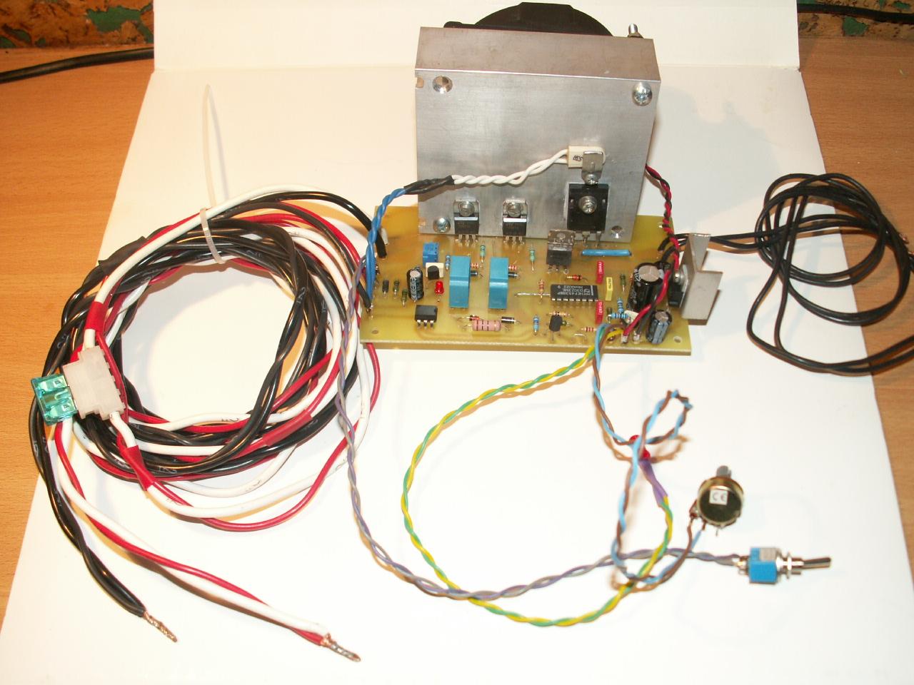 [Sprzedam] Modu� prostownika tyrystorowego do akumulator�w 12V