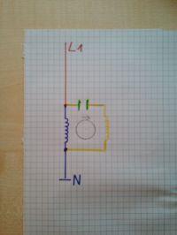 Jak zmienić kierunek obrotów w silniku jednofazowym z dwoma kondensatorami