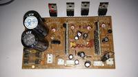 Microlab Solo 6C, jeden głośnik trzeszczy.