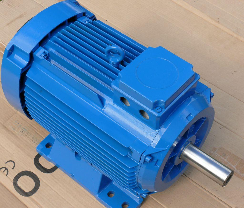 [Sprzedam] PR�DNICA 4 kW, 250 obr/min 230 V do elektrowni wiatrowej