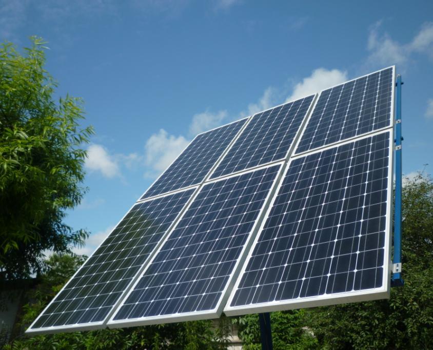 Kto wie jak do�adowa� akumulatory zasilania solarnego w zimie