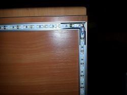 SGL8022W - prosta, dotykowa aplikacja oświetlenia szafki w kuchni