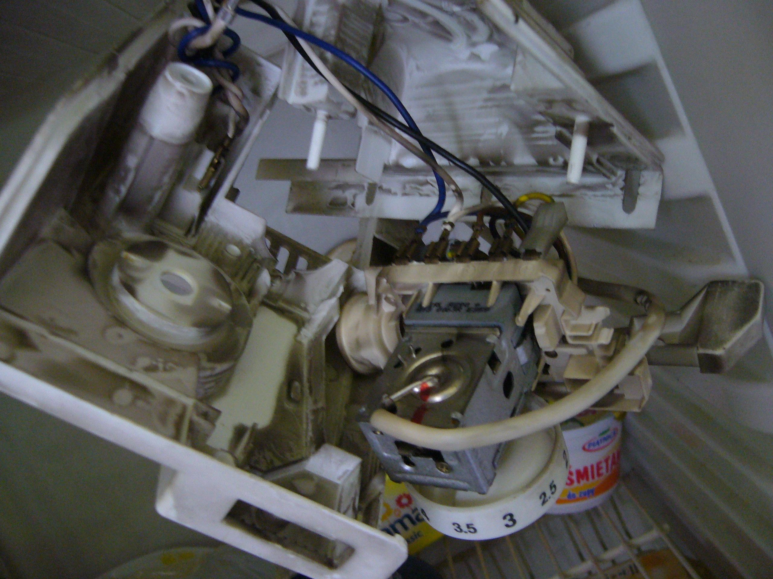 Whirlpool - jak sprawdzi� termostat lod�wki