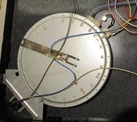 Jak podłączyć pole grzewcze w płycie Whirlpool AKR 105
