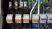 Rozdzielnica, wyłączniki nadprądowe 50A charakterystyki B a kabel 6mm^2