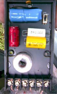 Zwrotnice Magnat 2160PRO- grzejący się kondensator-warystor