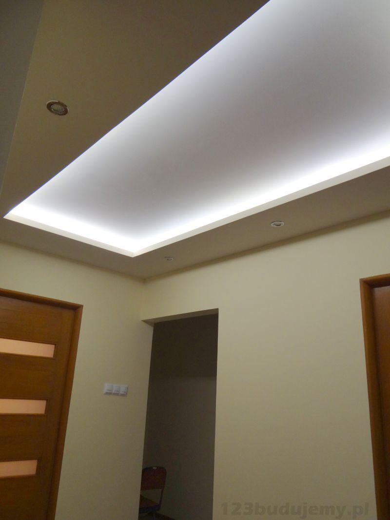 O�wietlenie sufitu w pokoju