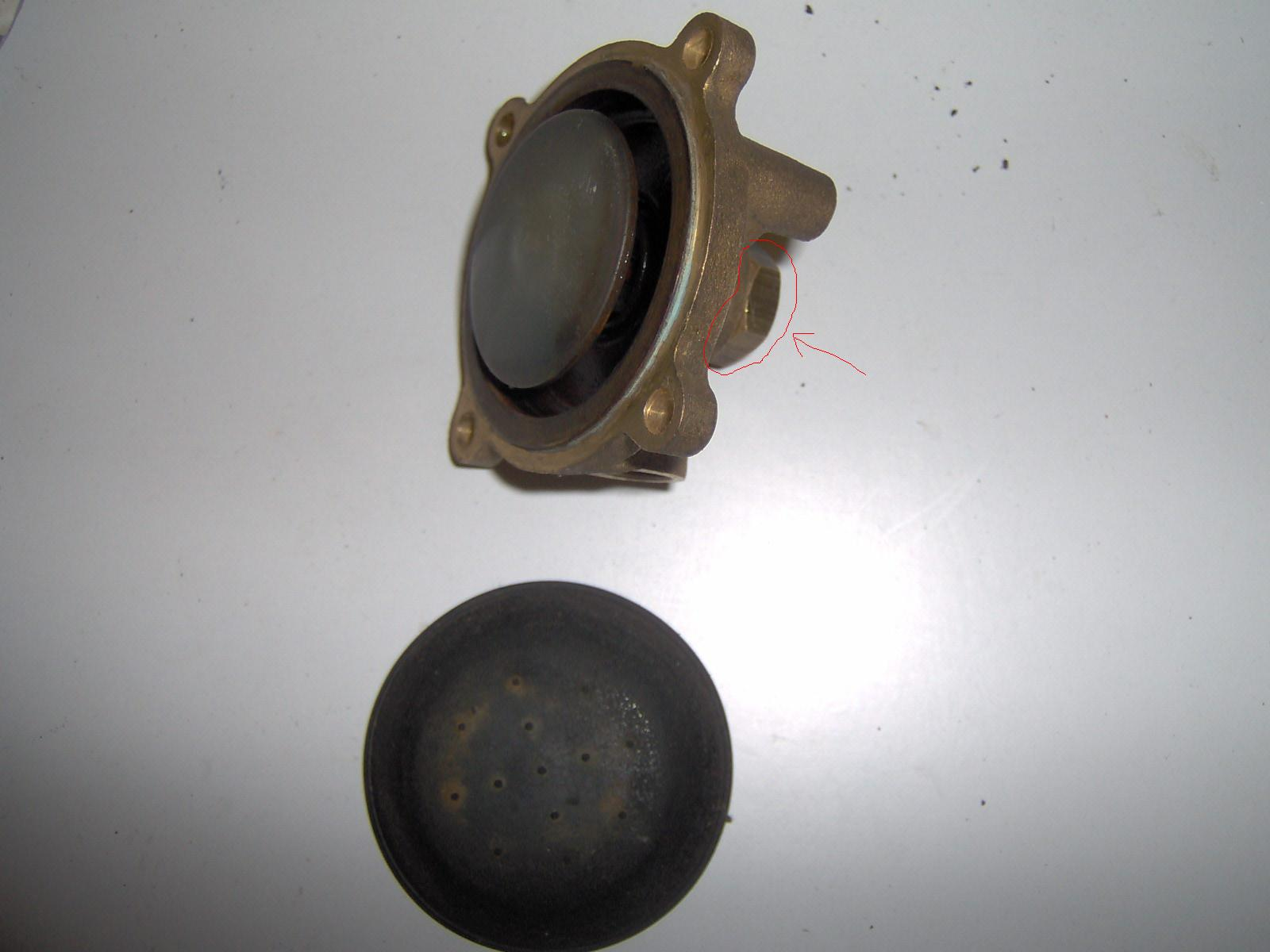Kocio� CO Luna 20 nie podaje gazu na grzanie wody u�ytkowej.