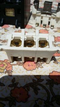 FAEL P-16 R-1 Uni 500V - Wymiana wyłącznika trójfazowego w pilarce stołowej