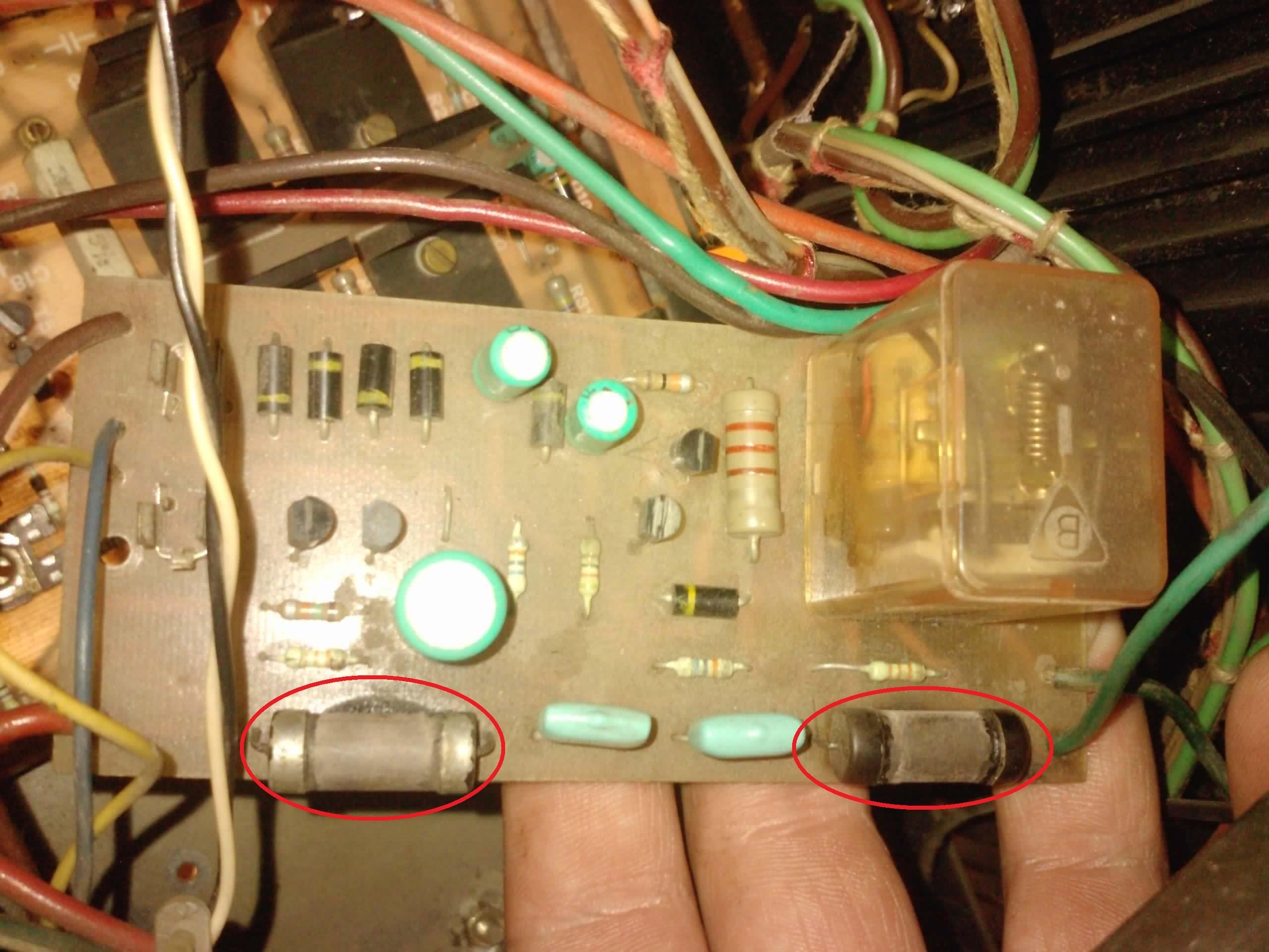Fonica WS-702 - Szukam schematu lub warto�ci rezystor�w