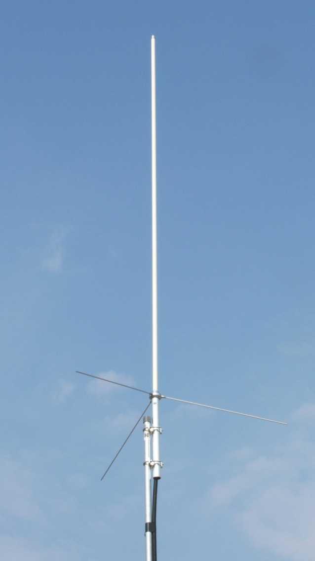 Fabryczna i w�asnej roboty antena VHF/UFH - k�opoty z SWR