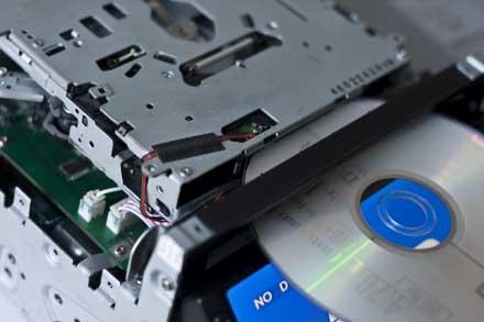Radioodtwarzacz z DVD, upalona część zasil., problem z napęd