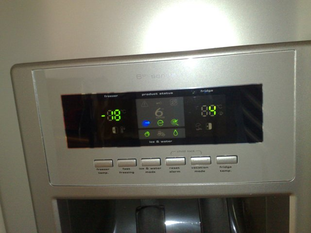 Groovy Lodówka side by side Whirlpool -kasowanie alarmu filtra wody WA03
