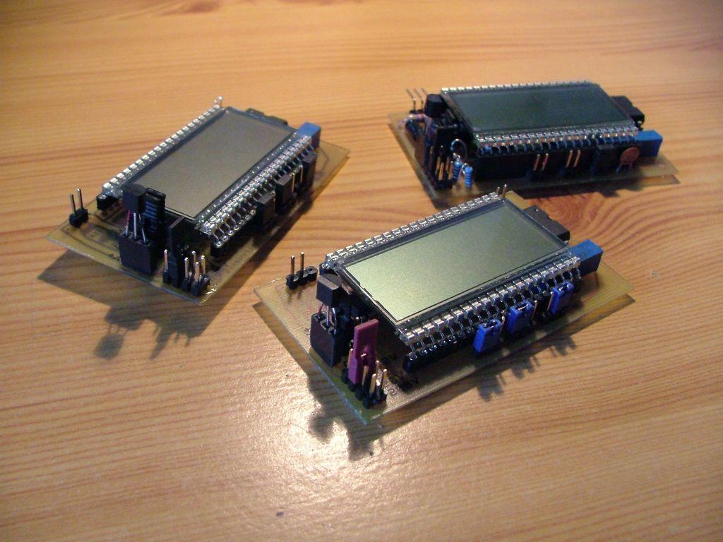 Miernik panelowy ICL7106: woltomierz, amperomierz, termometr