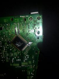 HP LaserJet P1505 - Złamanie płytki PCB z portem usb