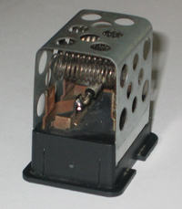 OPEL ASTRA G - rezystor dmuchawy, wymiana bezpiecznika termicznego