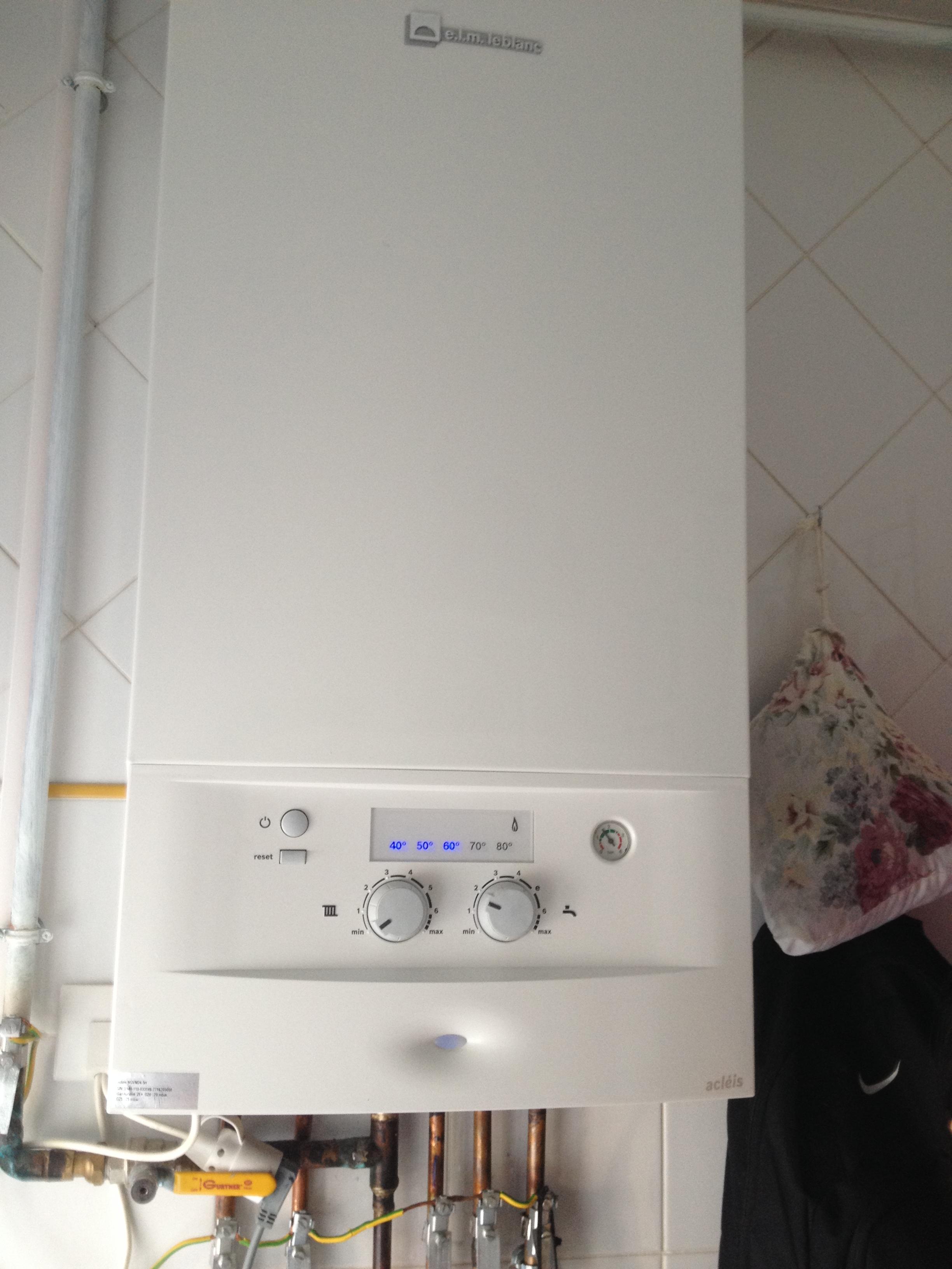 piec gazowy dwufunkcyjny - zbyt duza temperatura minimalna w grzejnikach w piecu