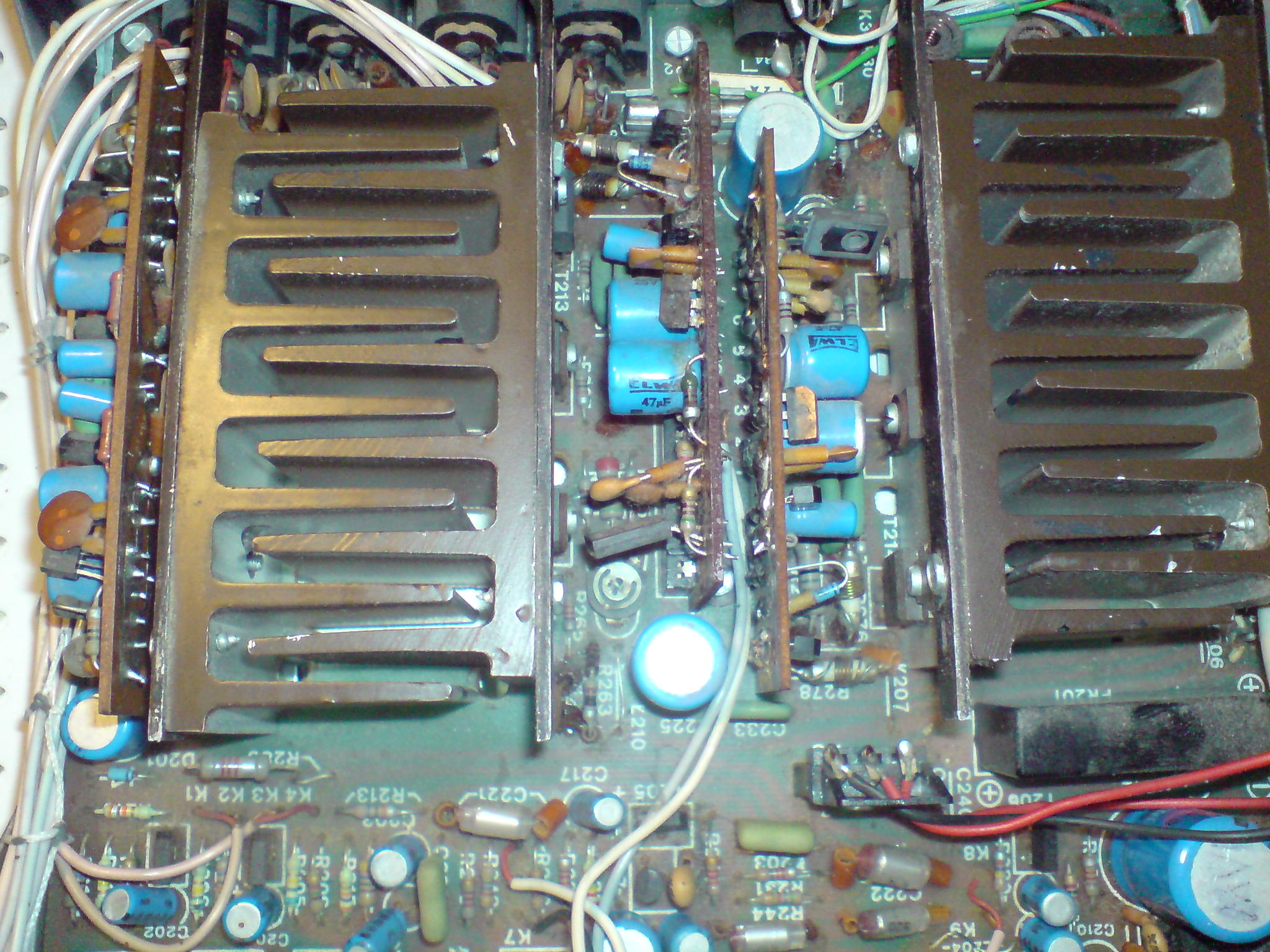 Dynamic Speaker ds840a Zwarcie na jednym kanale.