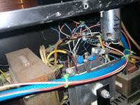 Migomat T.I.P. Tronik 140 po przeróbce na gniazdo euro pali drut.