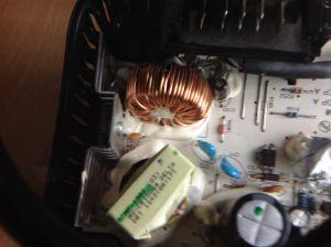 Dewalt 105dcb nie ładuje baterii.