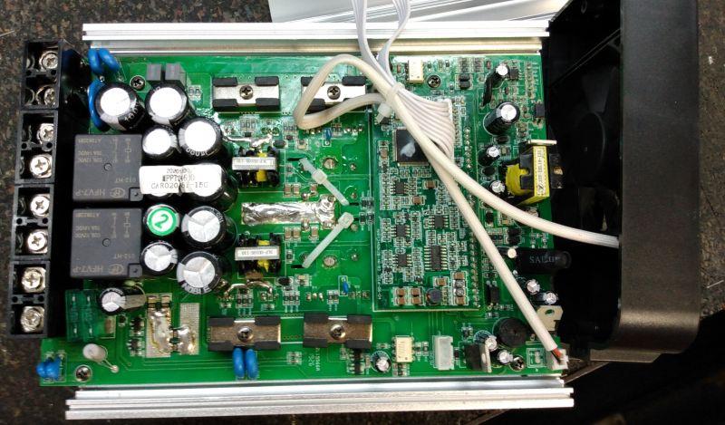 Solarny regulator ładowania MPPT-40D 24V zaglądamy do środka