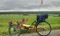 Rower trójkołowy poziomy wspomagany elektrycznie