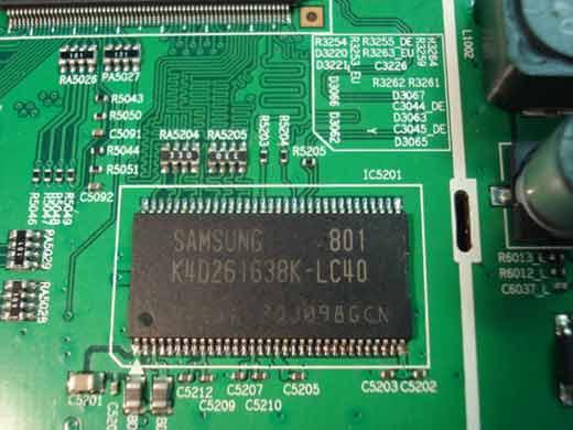 Samsung LE32A330J1N - Zak��cenia na obrazie i zak��cone menu