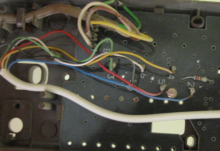 Wymiana domofonu TESLA 4FP110 47.31 na AMPLYVOX 3322
