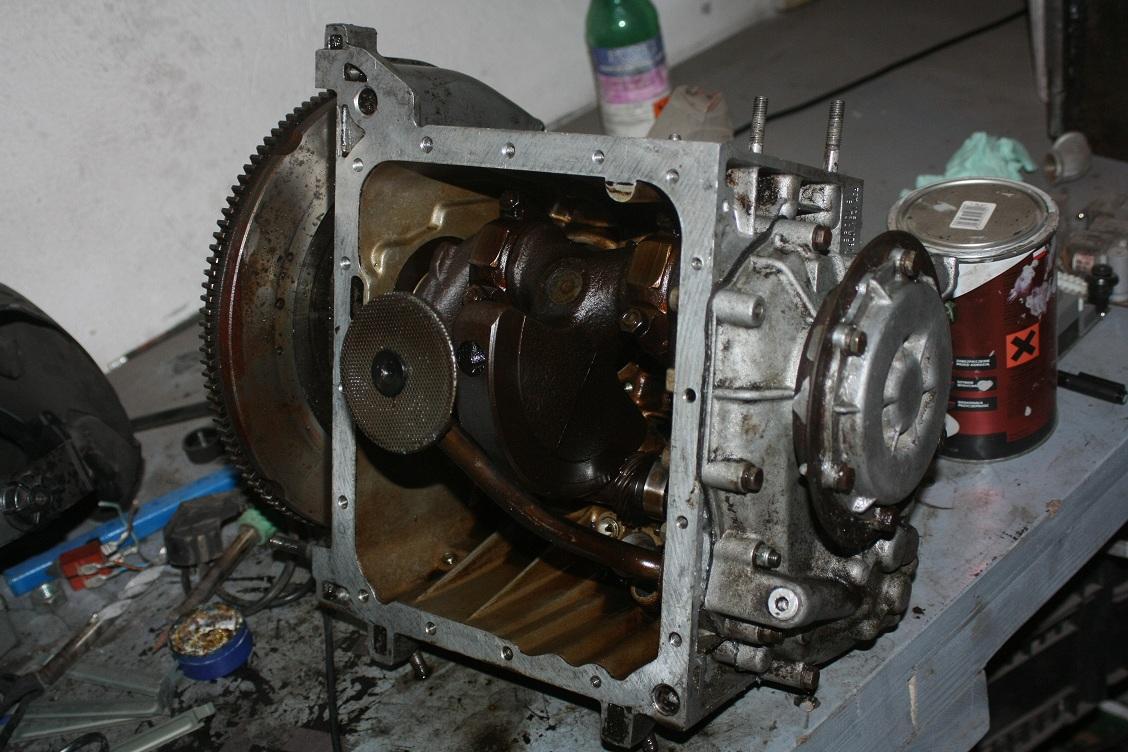 Spr�arka na silniku z Fiata 126p