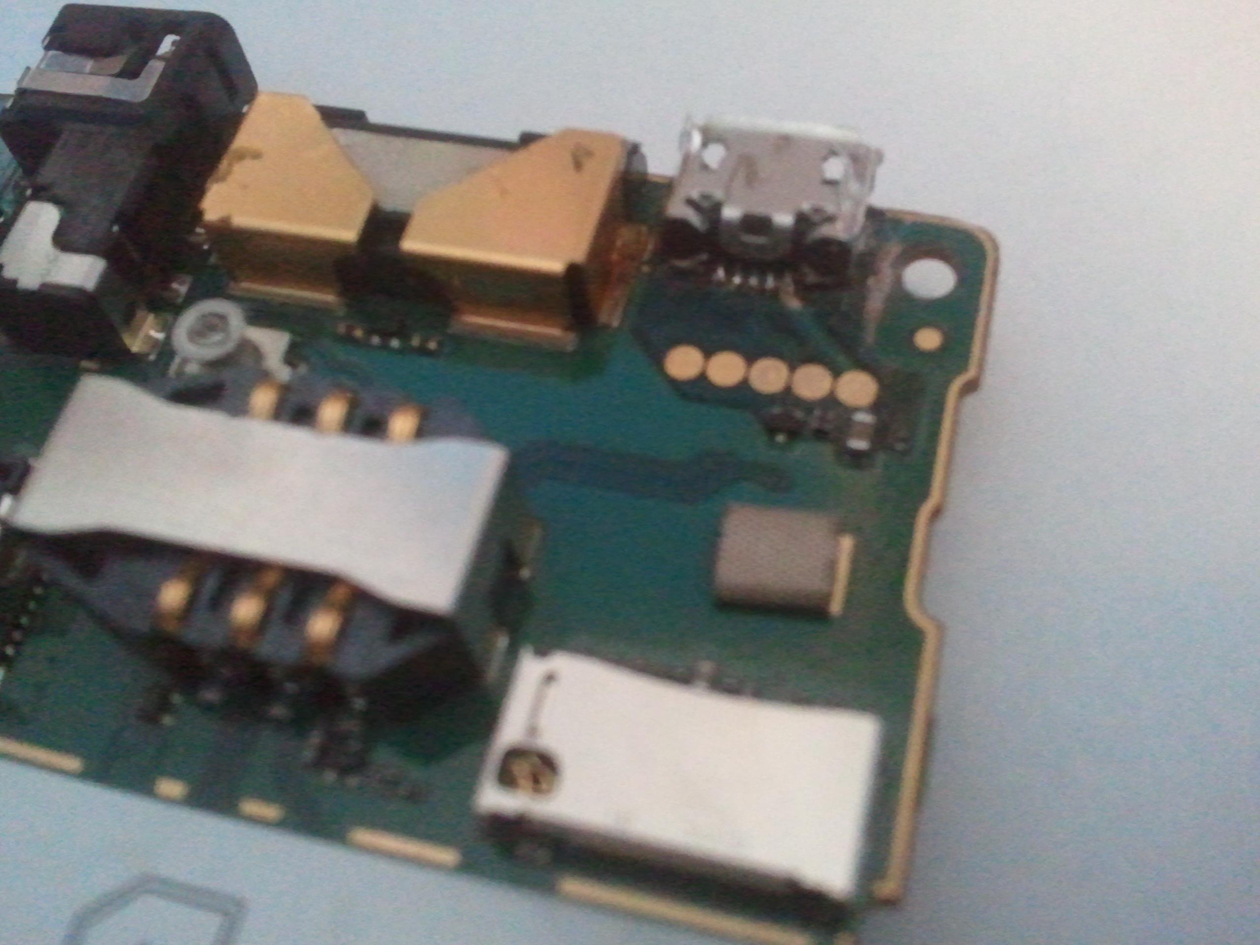 Sony Ericsson Xperia X8 Prawdopodobnie Uszkodzone USB