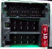 Piny z tyłu radia samochodowego Clarion PU-2859A