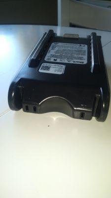Odkurzacz Shark DuoClean Cordless Vacuum Cleaner IF200UK - zasilanie ładowarką