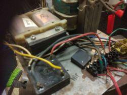 Kondensator bez oznaczeń czym zastąpić?