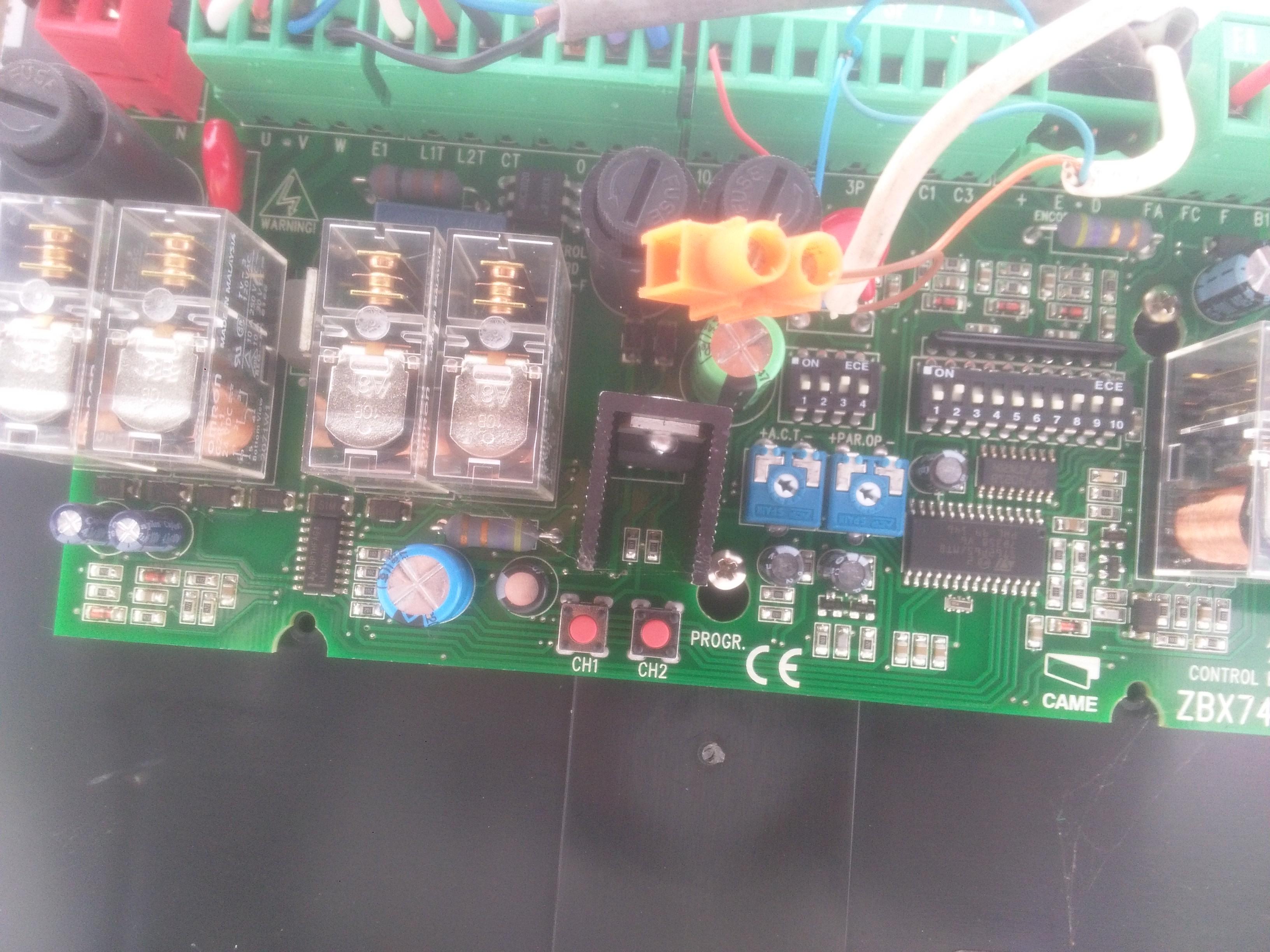 Schema Elettrico Zbx74 78 : Napęd bramy zbx nie zamyka się elektroda pl