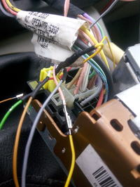 Podłączenie radia VDO Renault - Podłączenia Radia z wyświetlaczem
