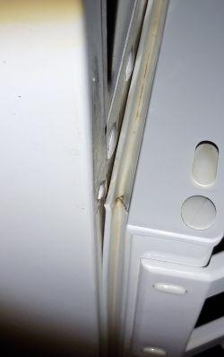 Electrolux ENB3450 - Alarm o za wysokiej temperaturze w zamrażarce -11C