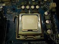 [Sprzedam] Procesor, p�yta g��wna, karta graficzna i inne cz�ci