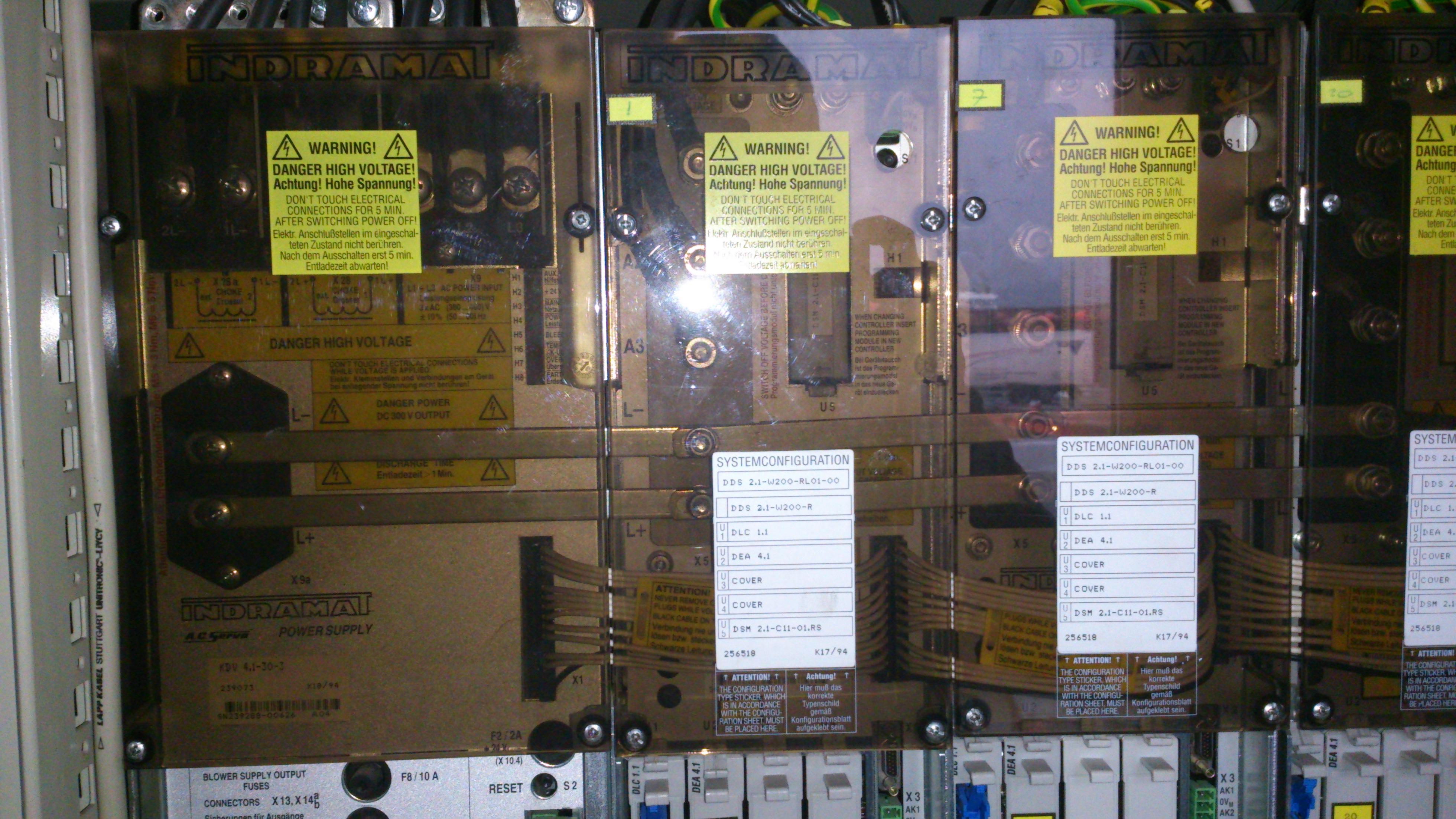 DDS 2.1-W200-RL01-00 - DDS 2.1-W200-RL01-00 wymiana sterownika serwa , na co ?
