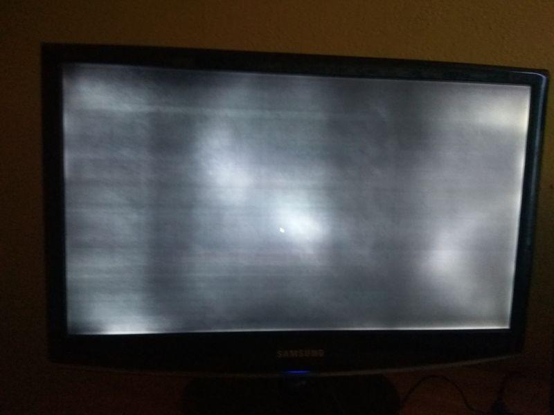 samsung 2233sn - Prześwietlenie obrazu na czarnym tle