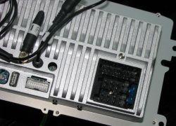 Touran 2.0 FSI - Zasilanie chińskiego radia