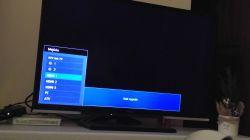 Toshiba CT-90404 - telewizor sam sie włącza