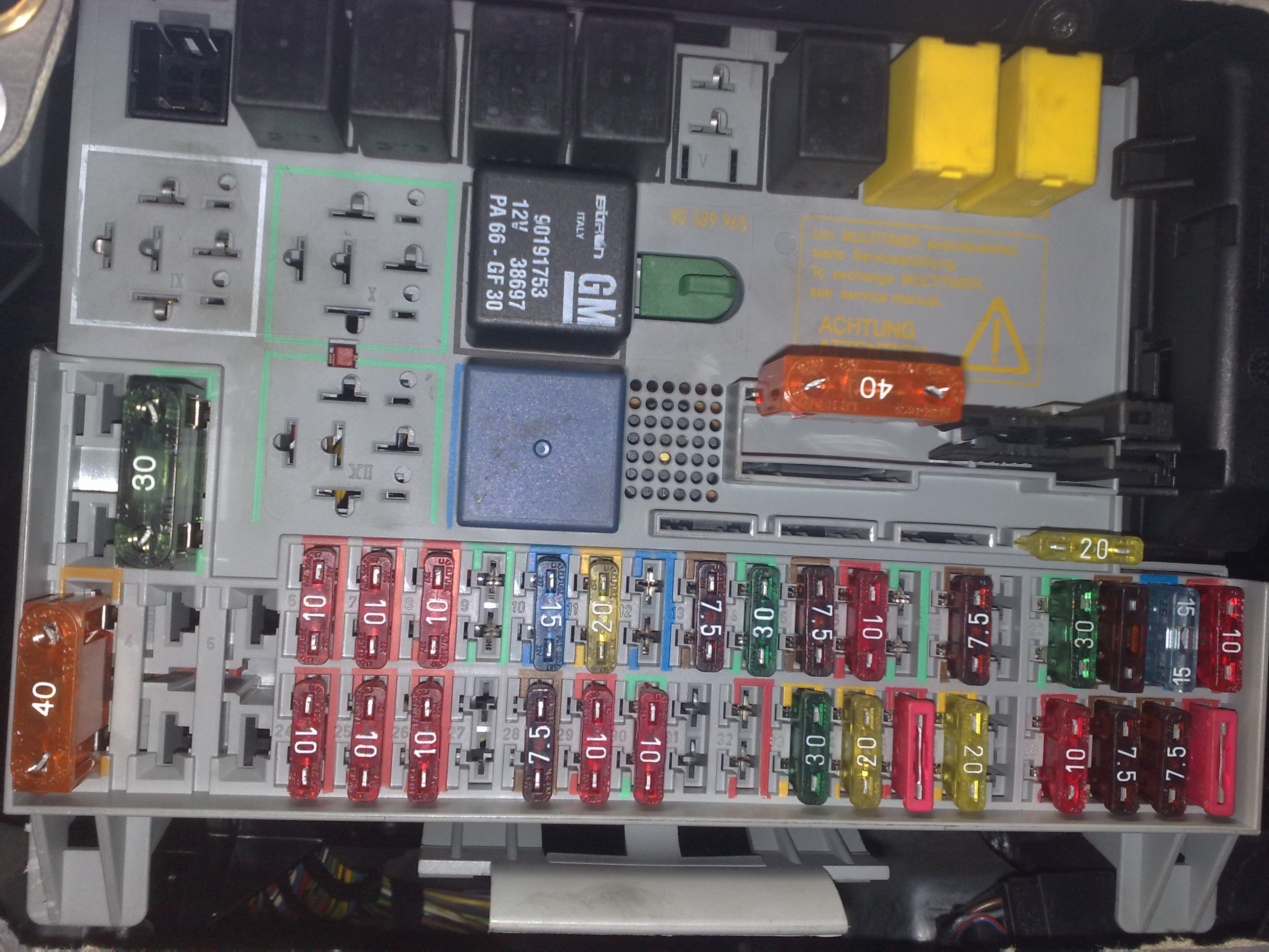 20112011 Mercury Milan Fuse Box Auto Electrical Wiring Diagram 2005 Lincoln Town Car Location 2006 Zephyr