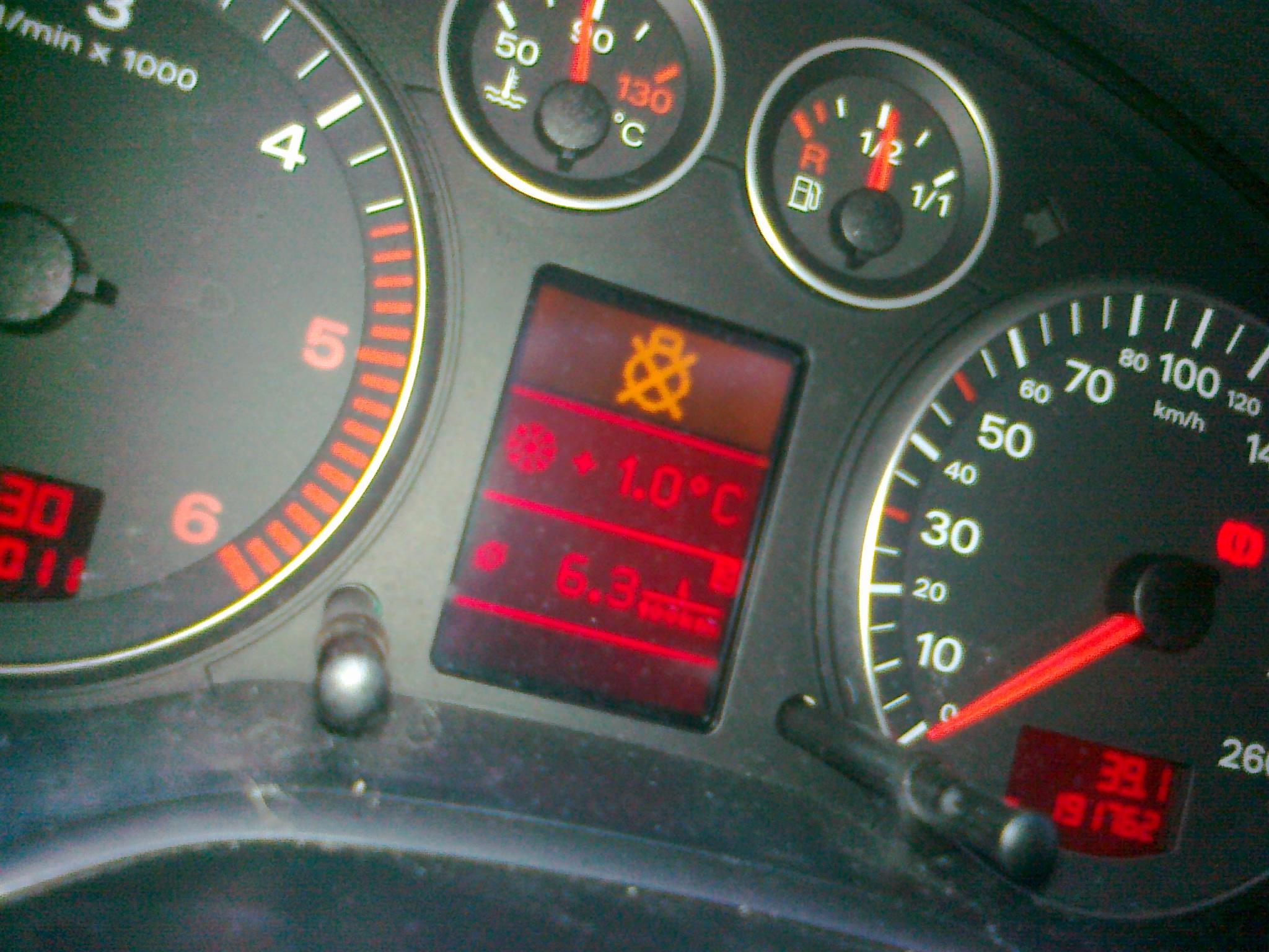 Kontrolka Audi A3 1 9 Tdi 2004r K 211 Łko PrzekreŚlone