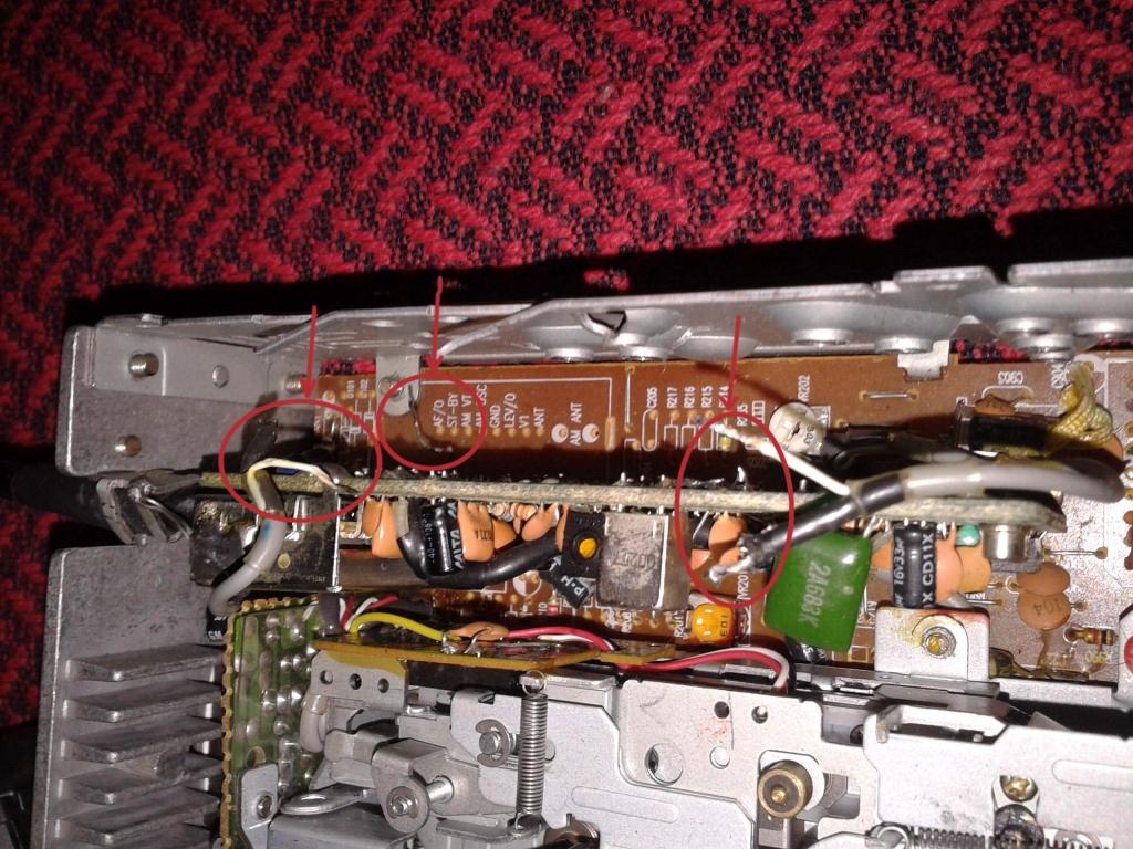 Radio OPEL CORSA GMS 516, odlutowane przewody
