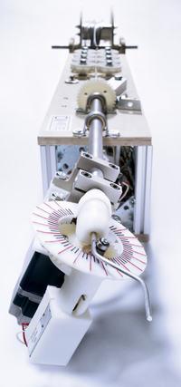 Maszyna CNC wyginająca druty w dowolne kształty 2D i 3D