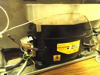 Lodówka buczy, nie chłodzi - Siemens KG36Vx50