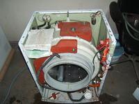 pralka Amica PCP 5580 -przy wirowaniu metalicznie tłucze