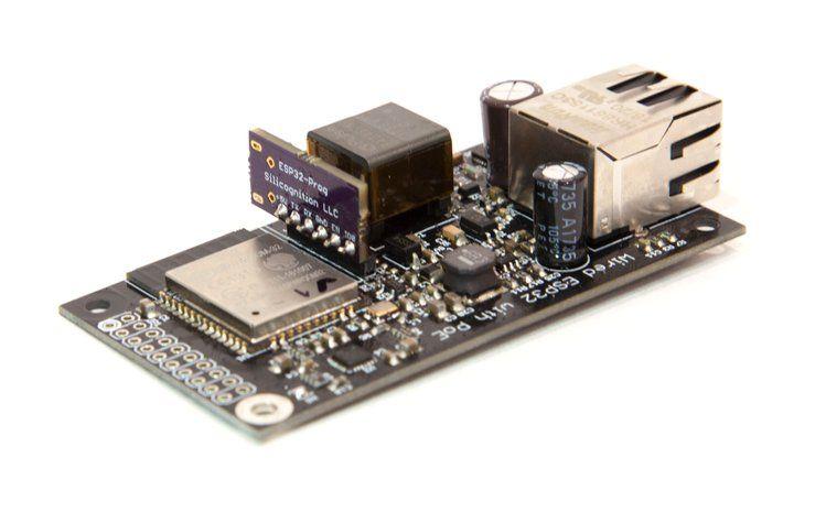 Płytka z ESP32 i kablowym Ethernetem z PoE