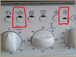 Indesit WIDL106 - Pralka nie chce prać i mruga 2 i ostatnia dioda
