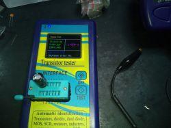 Miernik indukcyjności i tester tranzystorów.